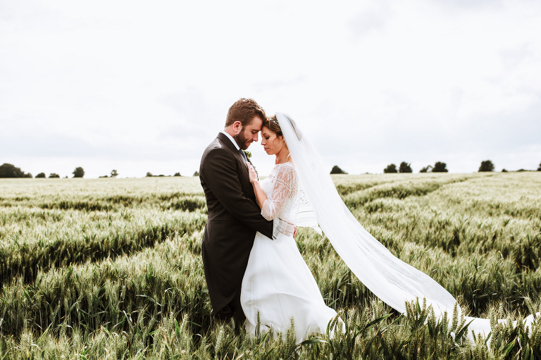 frankee victoria photography Oxfordhire wedding