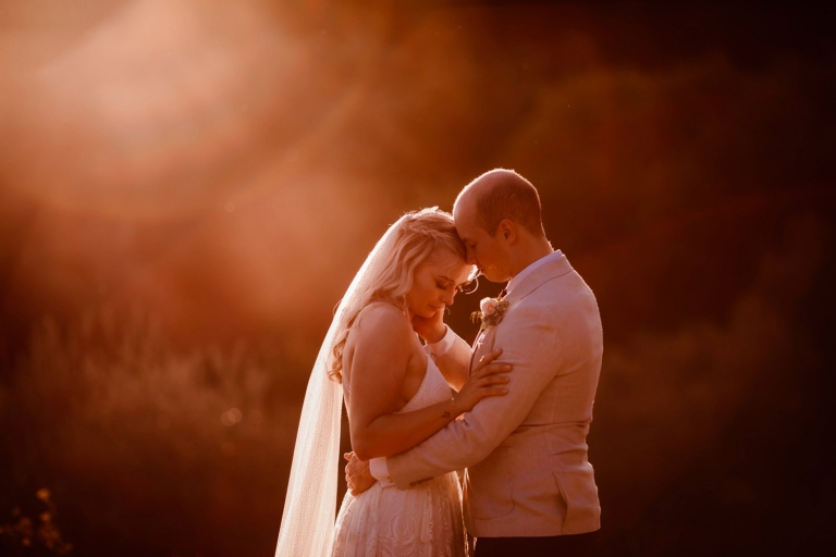 golden hour portrait of bride and groom in italy tuscany wedding
